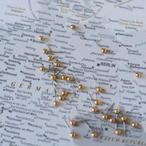 grey push pin europe map