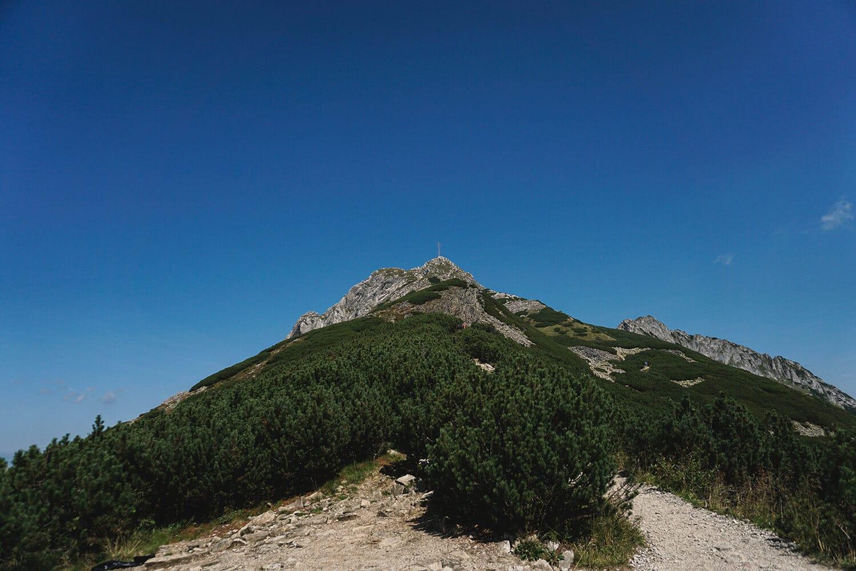 giewont mountain peak cross