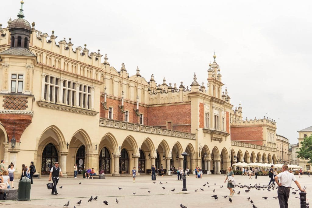 krakow main square and hall