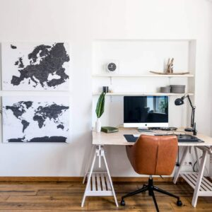 white-and-black-world-map-canvas-livingroom-decor