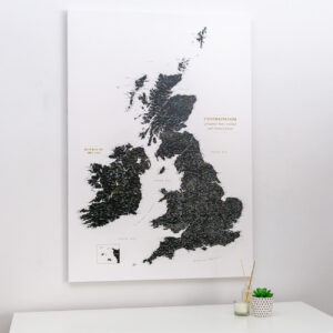 push pin uk and ireland map black white